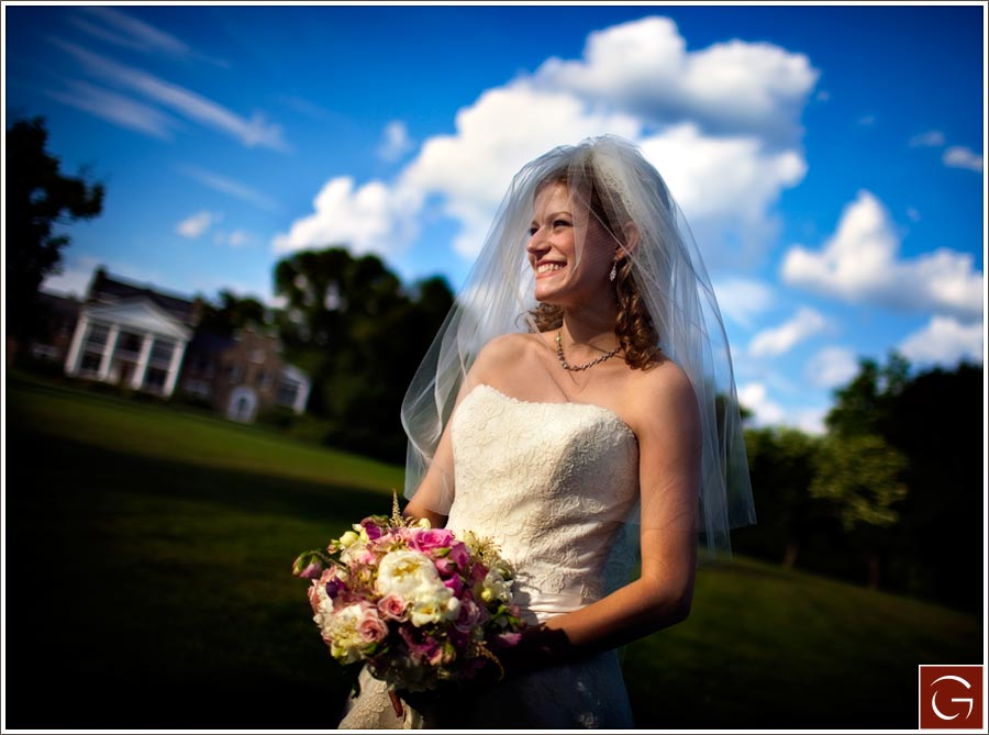 Charlie's version of my previos image. What a gorgeous day for a wedding.